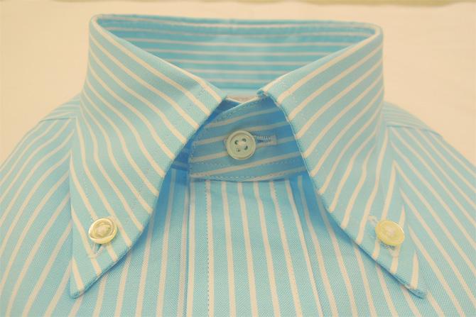 ブルーストライプシャツ 衿